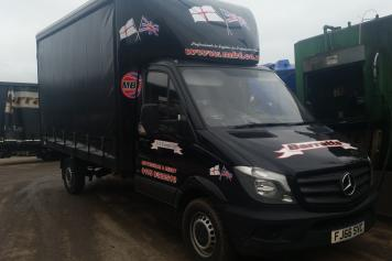 3.5t CURTAIN SIDED SPRINTER<br />